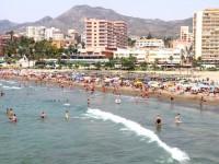 El Ayuntamiento de Benalmádena pone en marcha la regeneración de playas