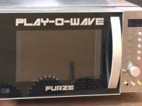 Un youtuber crea Play-o-wave, híbrido entre microondas y consola de videojuegos