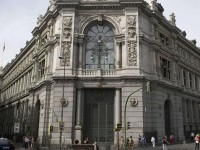 El Banco de España advierte que la emigración podría tener un efecto negativo en el PIB