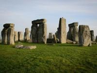 Descubren nuevos monumentos en Stonehenge