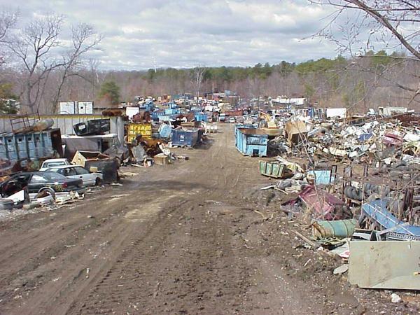 El reciclaje de chatarra, un negocio que protege el medio ambiente
