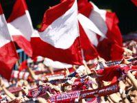 El rojo y el blanco son los colores más atractivos en una bandera