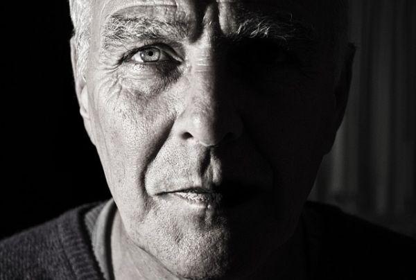 subsidio mayores de 52 años