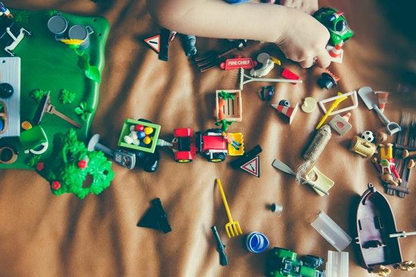 centros de clinica massana participan en la recogida de juguetes