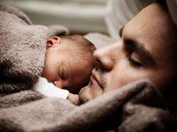 El preocupante descenso de la natalidad en España