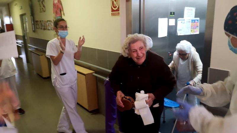 Junta de Andalucía apoya con recursos sanitarios a la residencia de mayores de Maracena
